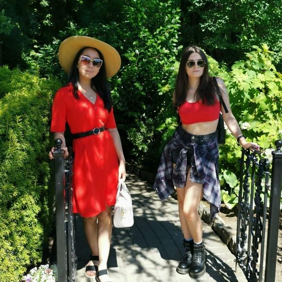 xweird_sisters